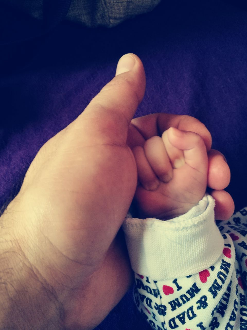 baby, human body part, real people, one person, indoors, newborn, human leg, babyhood, barefoot, human hand, close-up, childhood, fragility, low section, day, people