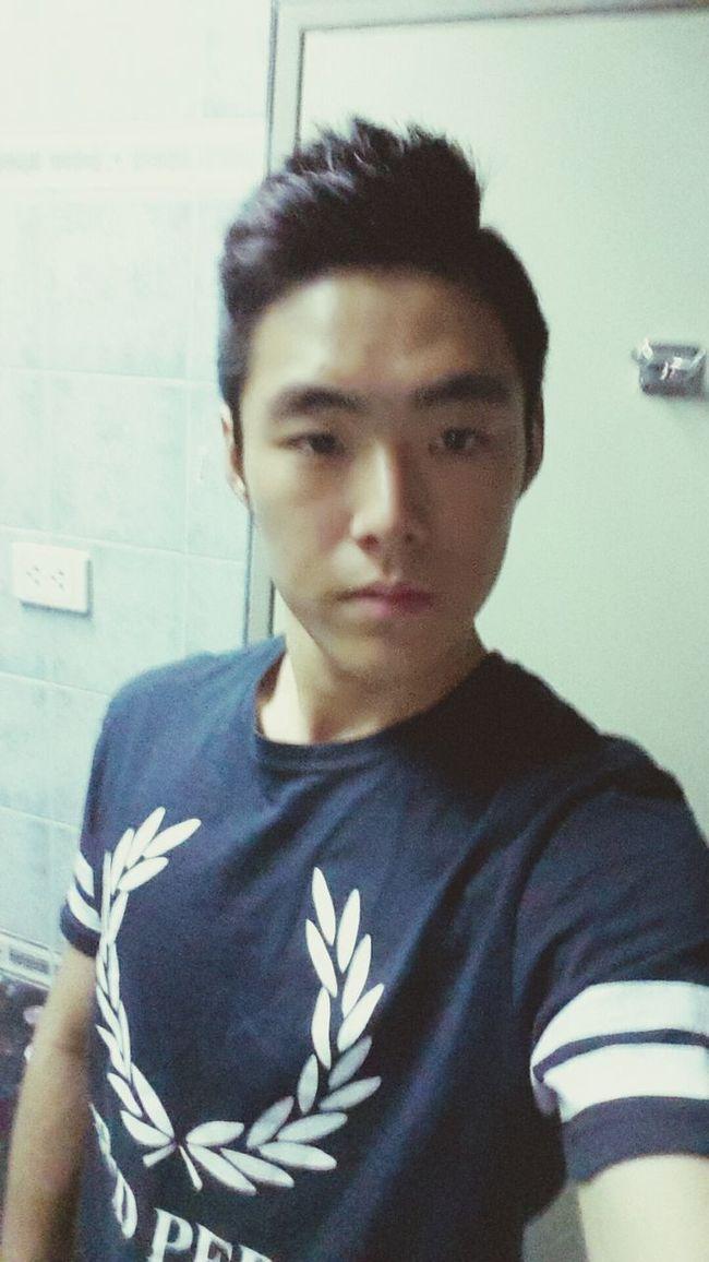 Hello guys nice to meet you I'm Korean :) Hola encantados :) soy Coreano
