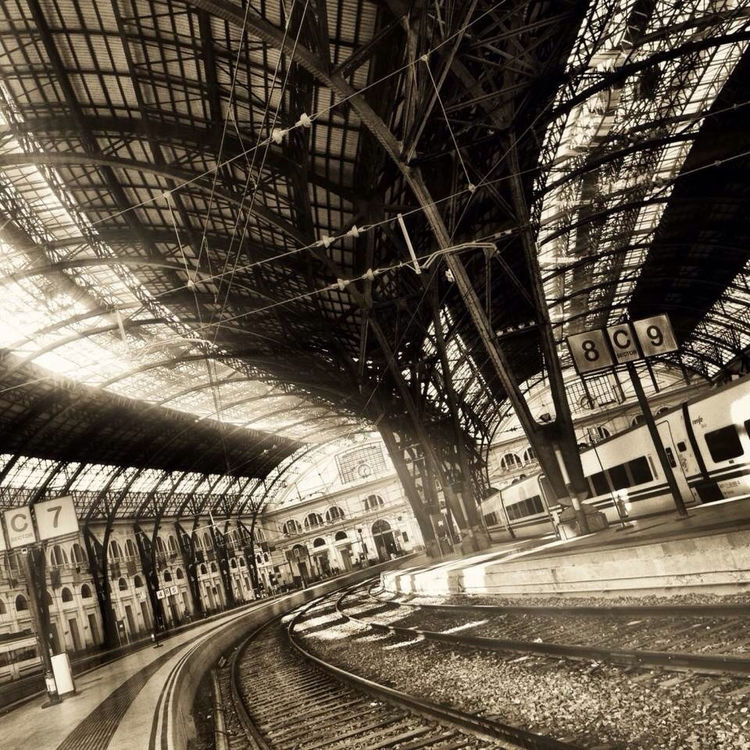 train station in Barcelona by jordi_galera