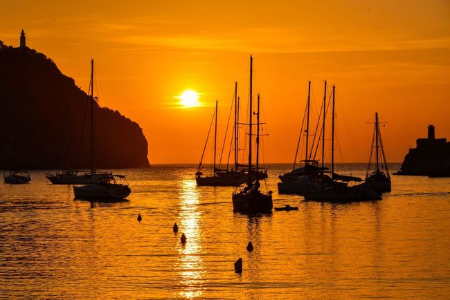 """""""sunset in Port Soller"""" First Eyeem Photo Palmademallorca Portsoller Mallorca Sunset Silhouette Boats Sea And Sky Nikond750 Twilight Reflections 43 Golden Moments"""