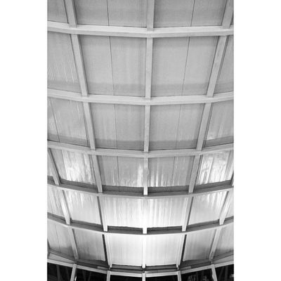 Abstract . Ceiling at Red_sea_mall RedSea mall redseamall. jeddah saudi_arabia saudiarabia. Taken by my sonyalpha dslr A57. فن تجريدي ردسي مول جدة السعودية