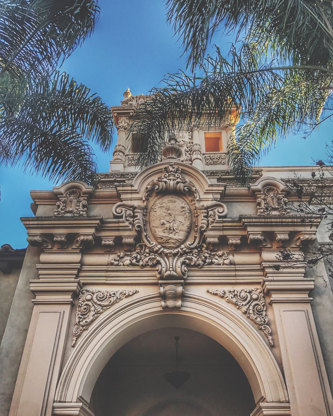 Architecture Built Structure Building Exterior San Diego Balboa Park Spanish Mexican California Endlesssummer Sun Baroque Architecture Renesance History Beautiful Beige Green Palm Tree Palm Exploring Travel Destination America USA Photos Low Angle View No People Outdoors Sky Day Tree City Clock