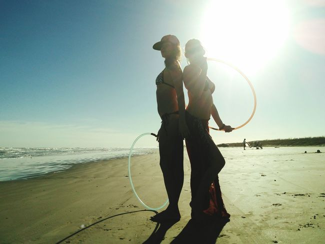 Picturing Individuality Sillouettes Hullahoop Girls Having Fun Life Is A Beach Ocean View Sun_collection Showcase: November