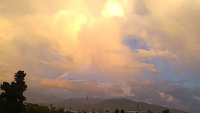 Fantastic Sky Fantastic Sunset. Tranquility Cloud - Sky Sunset Sky Majestic Cloudscape Atmosphere Orange Color LGG4📲 Lg G4 Photography LGG4 Nature Rainy Weather Rain And Clouds Sky And Clouds Clouds Rain Clouds Rainy Day Landscape Rainbow🌈