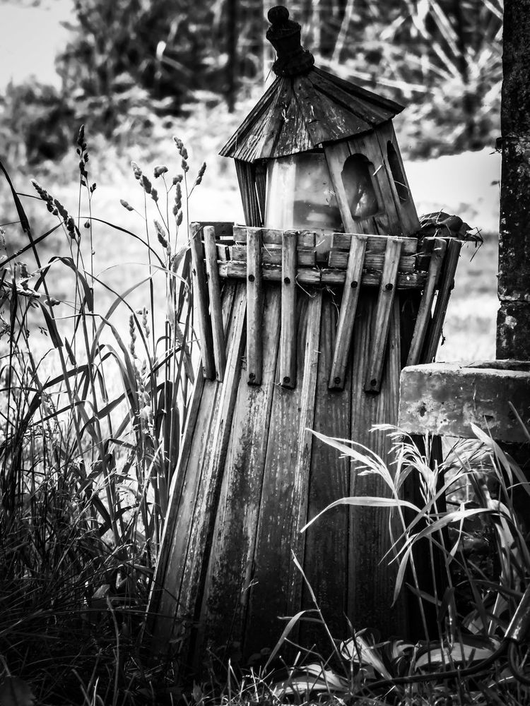 Lighthouse Busted Broken Yard Decor Beautifully Broken Outdoor Photography Milford, IN