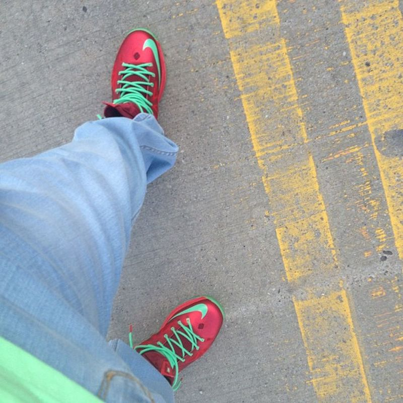 Leader1354 Chicago fitted x TrukFit T x Lrg  Denim x Lebron 10 CmasEdition the fit for the day! ?