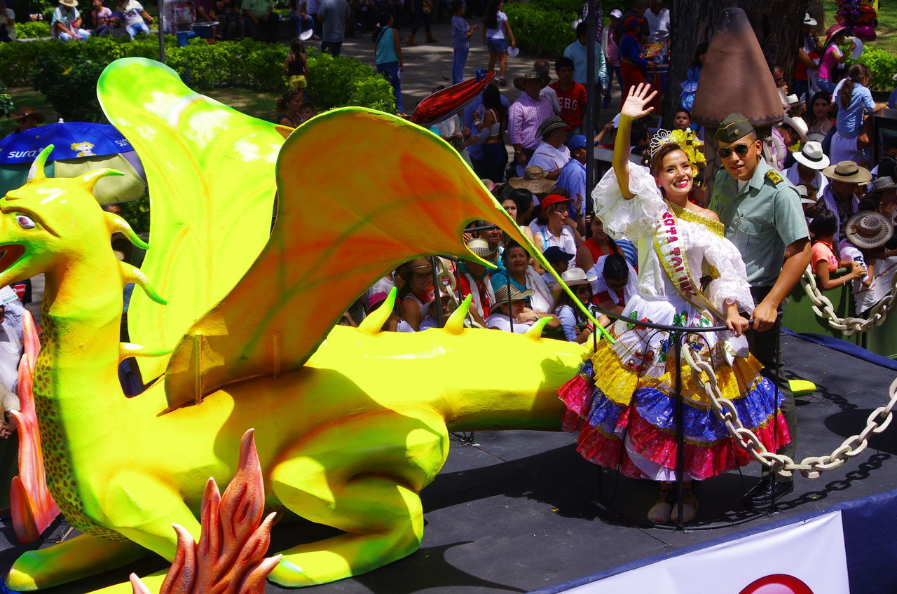 Arts Culture And Entertainment Beauty Carnival Crowds And Details Celebration Costumes Folk Queen Traditional Festival