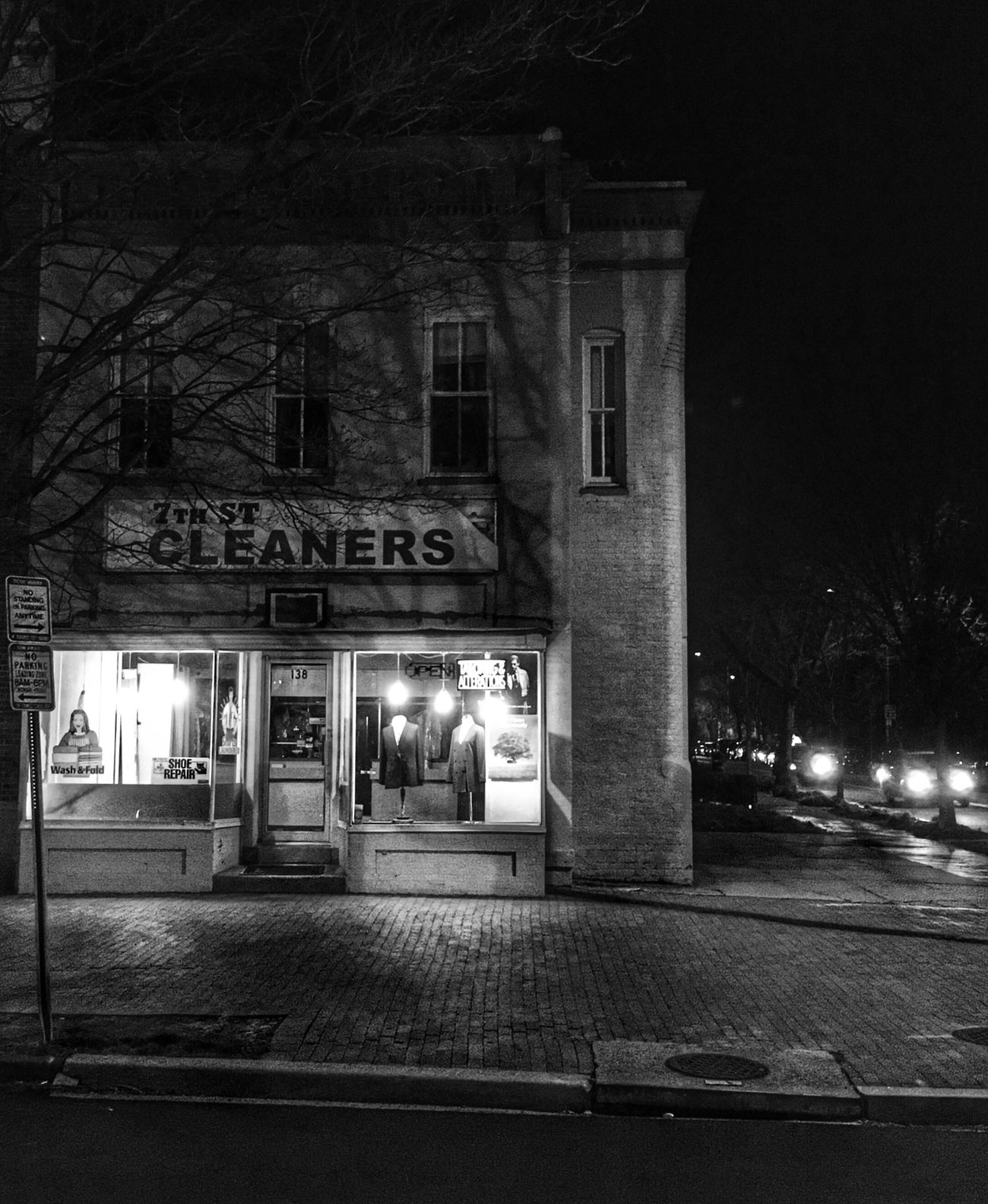 7th Strret Cleaners Streetphotography Architecture Night EyeEm Best Shots - Black + White Bw_collection From My Point Of View Streetphoto_bw Eye4photography  The City Light