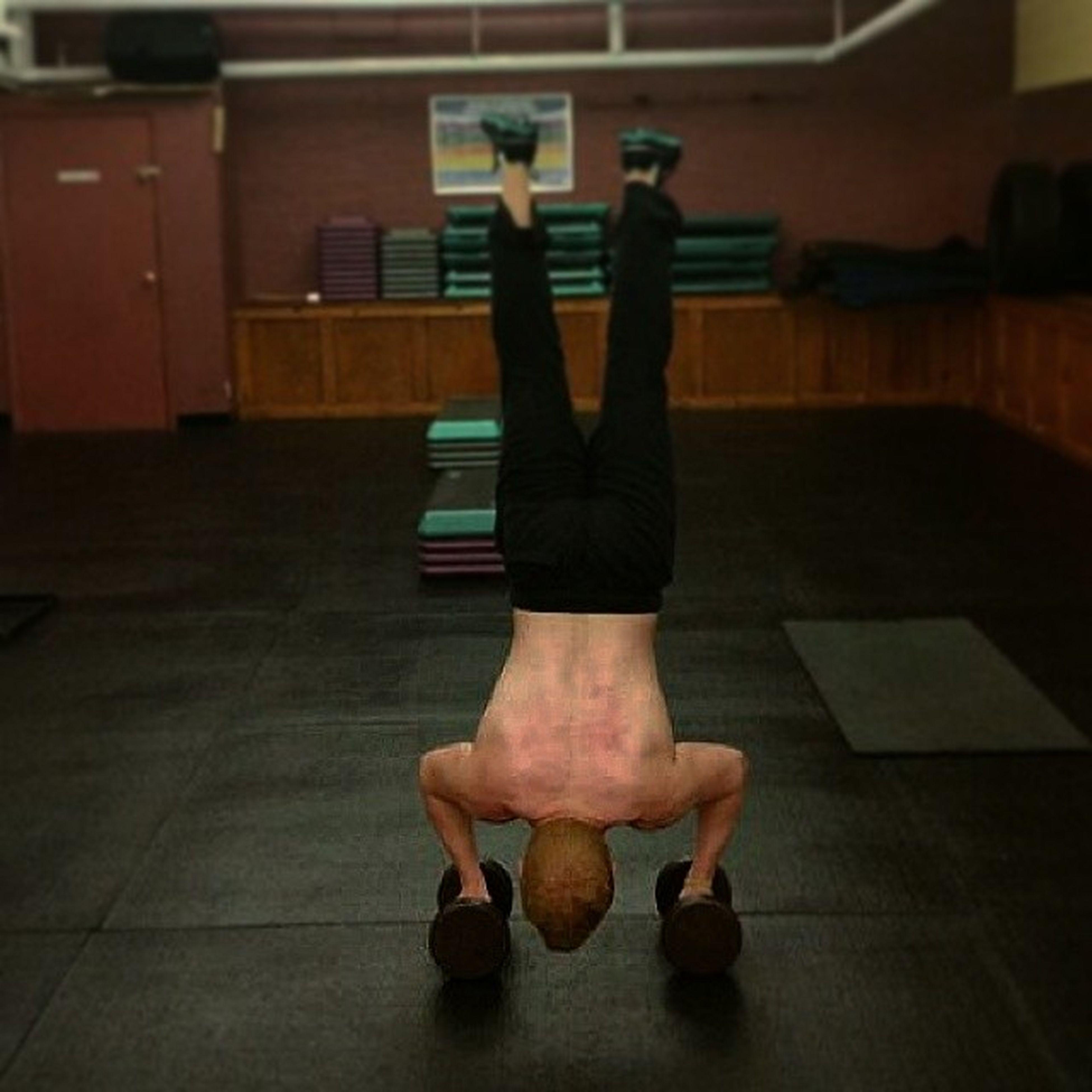 Handstand FitnessFreak Nevergiveup Heronmymind ?