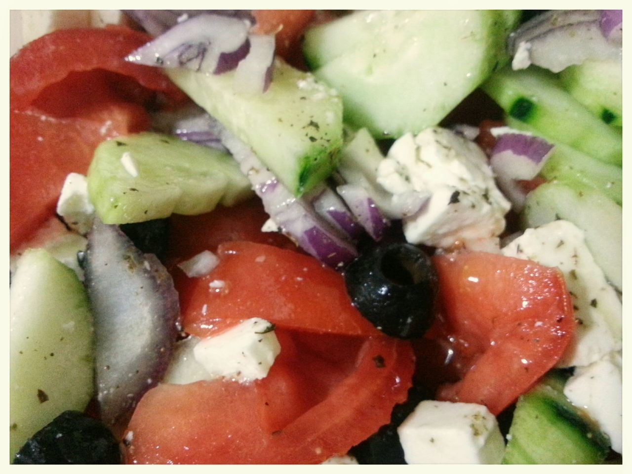 Insalata Greca/ Greek Saladd Cucumber Cetriolo Pomodori Tomaten Feta Cheese Olive Food And Drink Healthy Eating Vegetable Freshness No People Close-up Ready-to-eat Food Smartphone Photography Note 2
