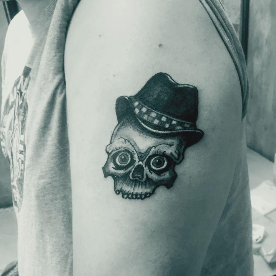 Tieumdeko Tieumdekotattoo Blackwork Tattooartist  Tattooshop Tattoo ❤ Art, Drawing, Creativity Tattooed Inked Tatted Tattoos Tatto Design Amazing Tattoo Ink Blackandwhite Skulls Skull Traditional RudeBoy Gangsta Oldschool Ska