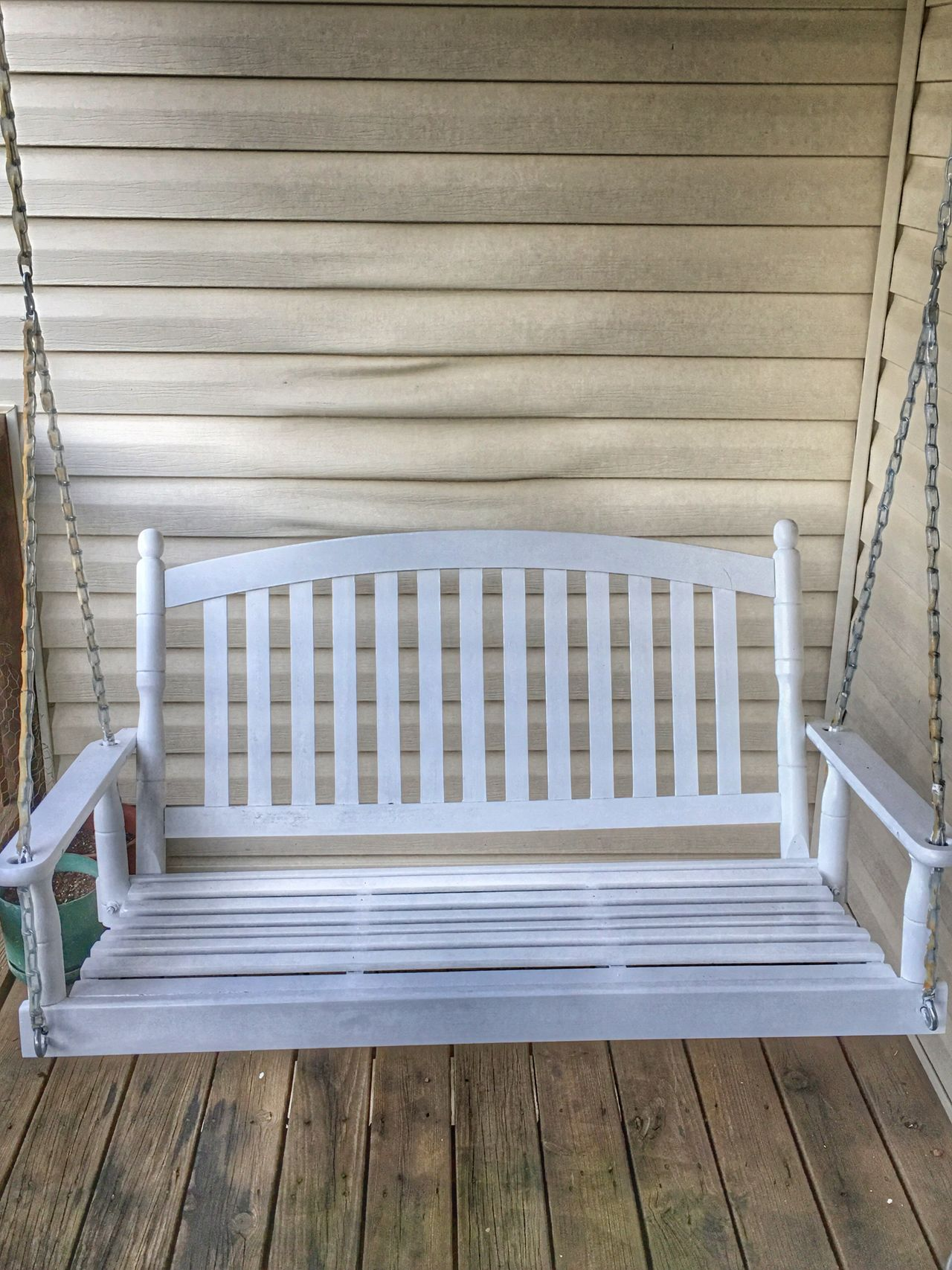 Porchswing White Wood - Material Wooden Empty No People EyeEmBestPics EyeEm Best Shots Beauty Simple