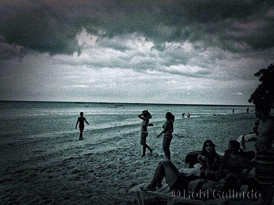 Photo by Robi Gallardo