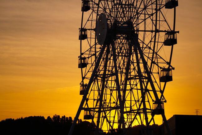 Ferris Wheel 観覧車 夕暮れどき 夕暮れ時の観覧車