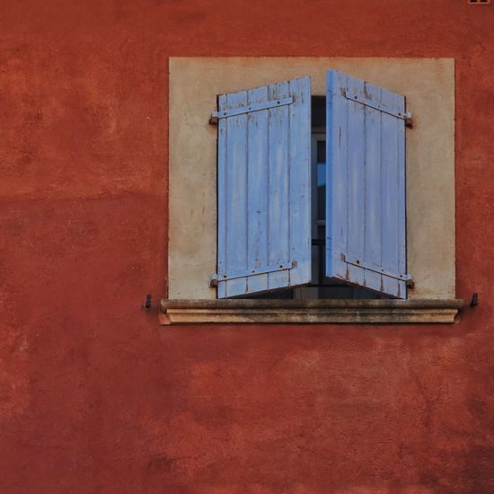 Window Red Ocre No People Outdoors Built Structure France🇫🇷 Provence Blue Shutter Shutters Architecture Building Exterior Day Close-up Wooden Shutters Wooden Shutter