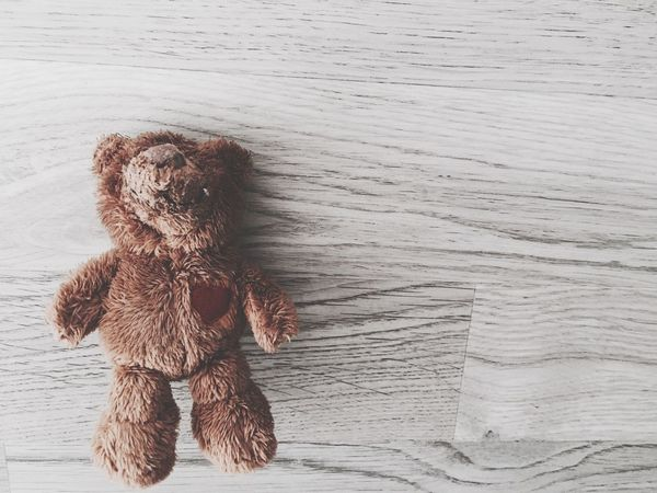 Teddy Teddybear Bear Brown Heart Heartbroken Heartbeat Moments Play Toys Toy Photography Moments Photography In Motion