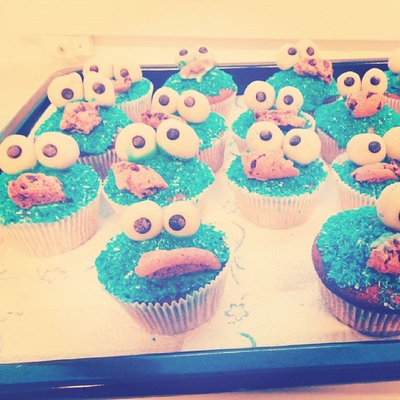 Yammie  Happy Birthday KingWiebo food Muffins Krümelmonster *-*