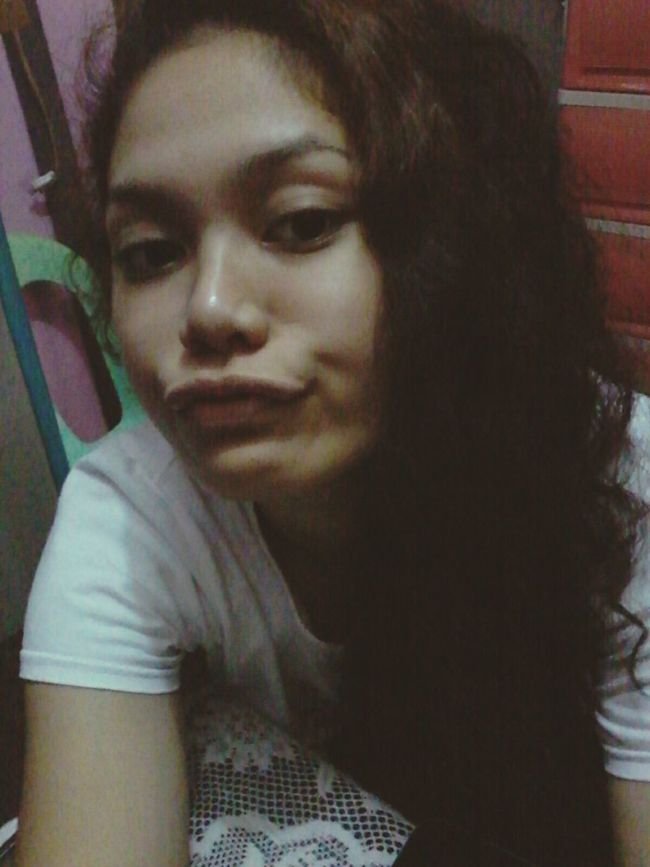 Wackyface Goodnight EyeEm Goodnightworld First Eyeem Photo Curly Hair Don't Care Messyhairdontcare Natural Hair Selfie ✌