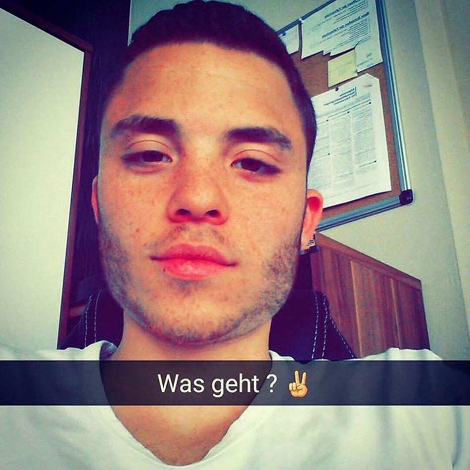 Müdevonderarbeit Morgenfrei Picoftheday Instagood wiesbaden frankfurt fashion football soccer training friends smile