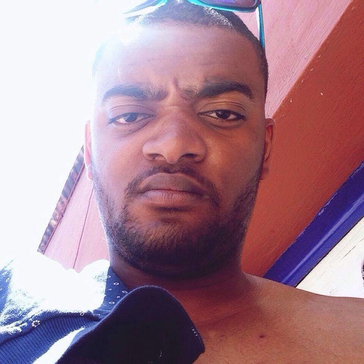 Self Portrait Selfie ✌ Taking Photos Marseille Sun Everyday Joy Color Portrait Thats Me  That's Me! Me :)  Hello World Hey✌ Snapchat Snapchat Me SudDeFrance Will Smith Soleil Été Visage