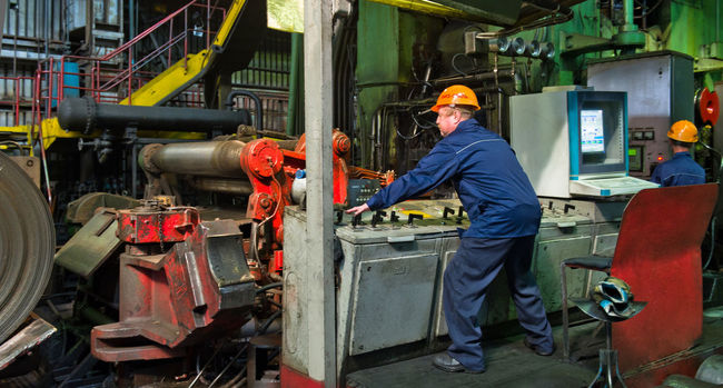 Russia, Yekaterinburg, Upper Iset plant, steel cold rolling mill Casual Clothing Day Leisure Activity Lifestyles Machinery Mode Of Transport Occupation Russia, Yekaterinburg, Upper Iset Plant, Steel Cold Rolling Mill