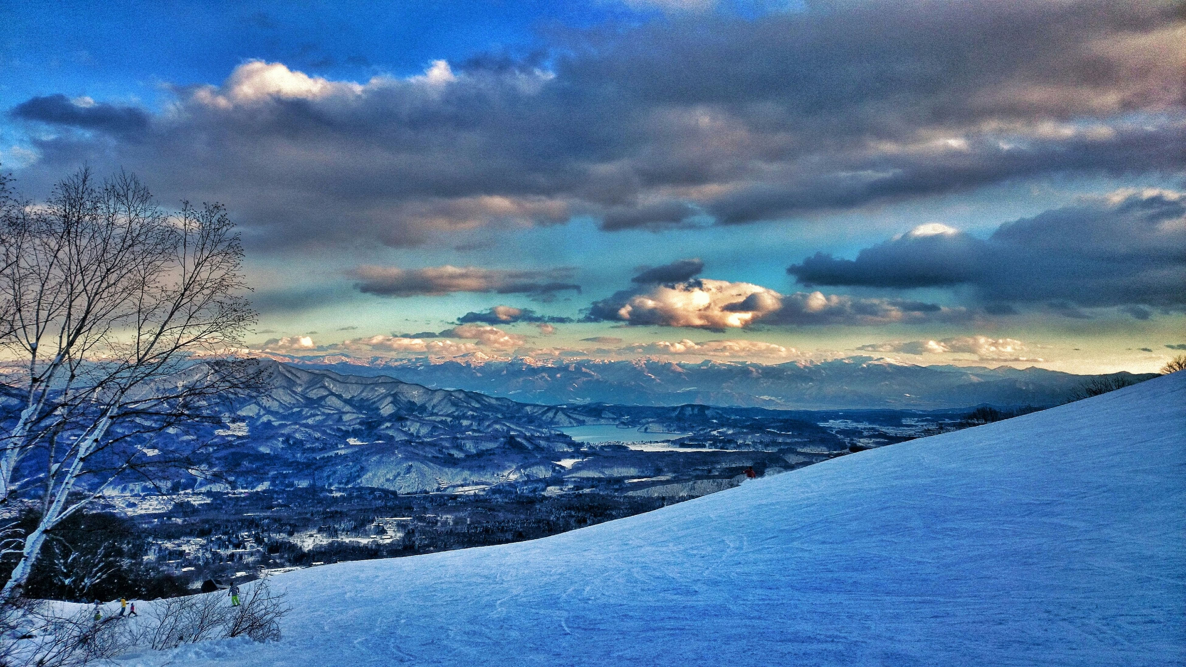 snow, cold temperature, winter, tranquil scene, sky, scenics, tranquility, beauty in nature, weather, cloud - sky, season, nature, water, cloudy, landscape, cloud, frozen, covering, sunset, idyllic