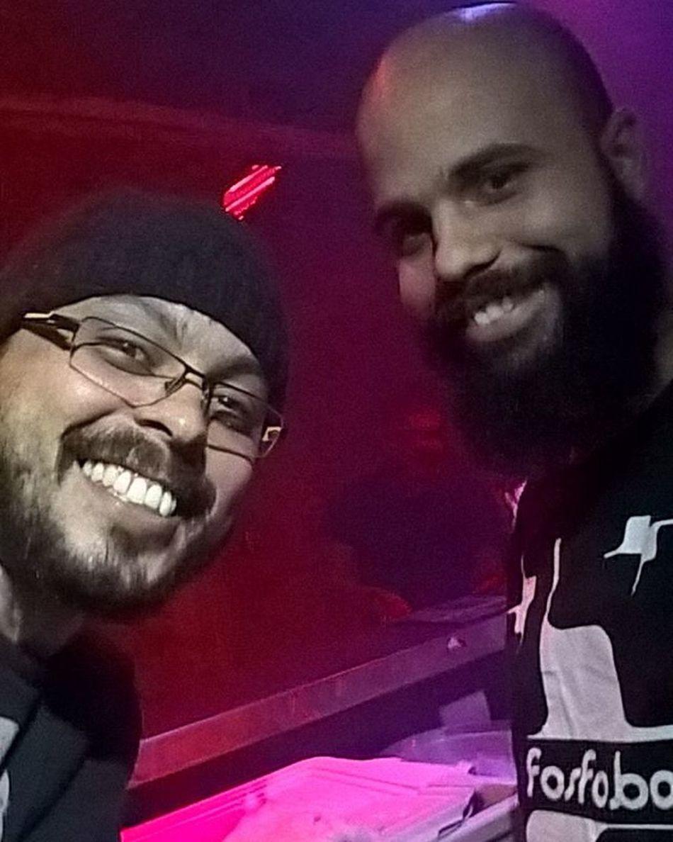 Eu e o mestre @marcosroberto.bar :)) Fridays Nightclub Top 🍸🍸🙌👌😁👆🔝 Amém