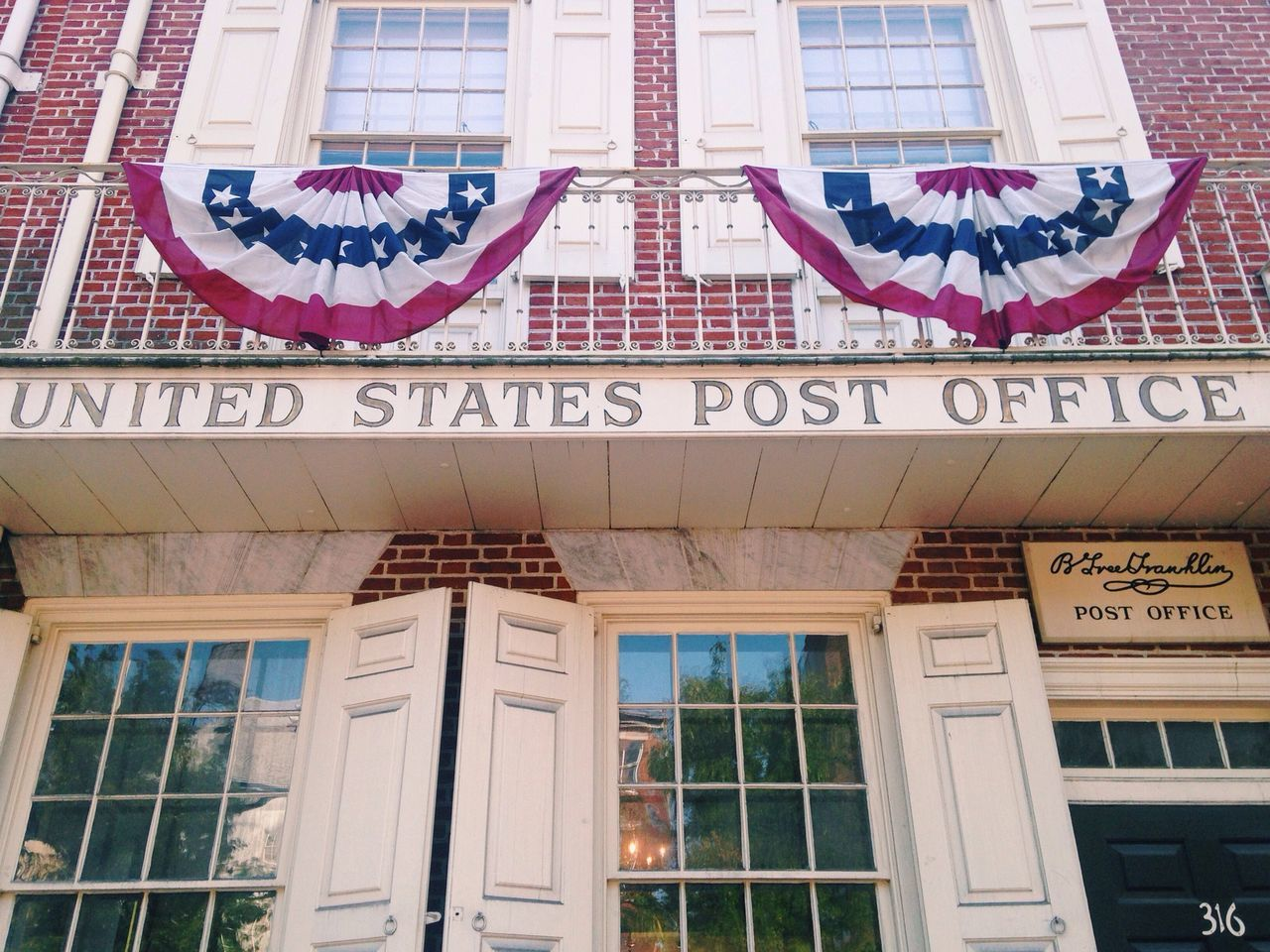 Mr Franklin used to work here.. Post Office Xoxophilly Portrait Of America