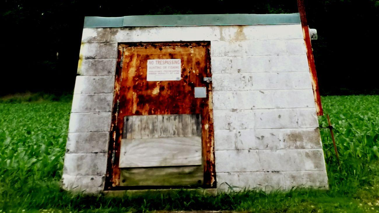 Door Abandoned Buildings Walking Around Taking Photos