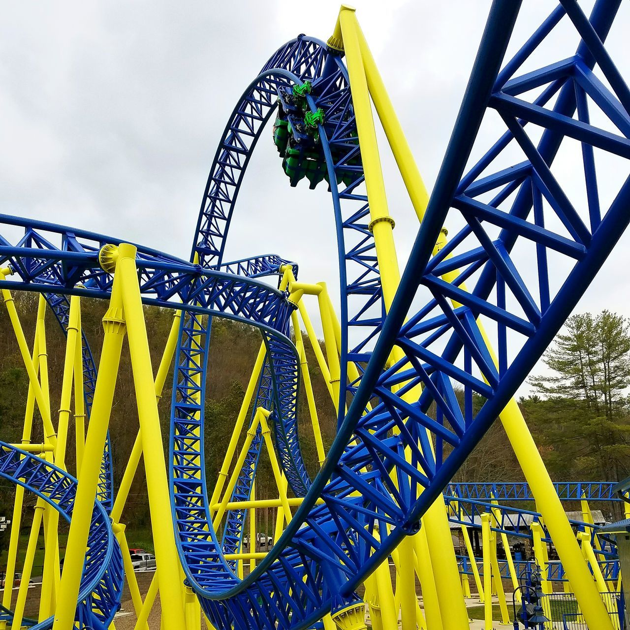 Impulse Impulse Knoebels Amusement Park Rollercoaster Fun Amusement Park Ride Sky Yellow Outdoors Steel Thrill Ride Theme Park EyeEmNewHere Rollercoaster Roller Coaster Pennsylvania Elysburg Maurer Söhne Inverting Looping Loop