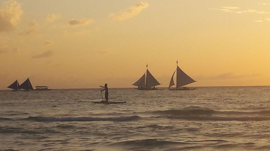 Sailing Boat Beach Sand Sun Relaxing Hello World Travel Photography BoracayIsland Philippines