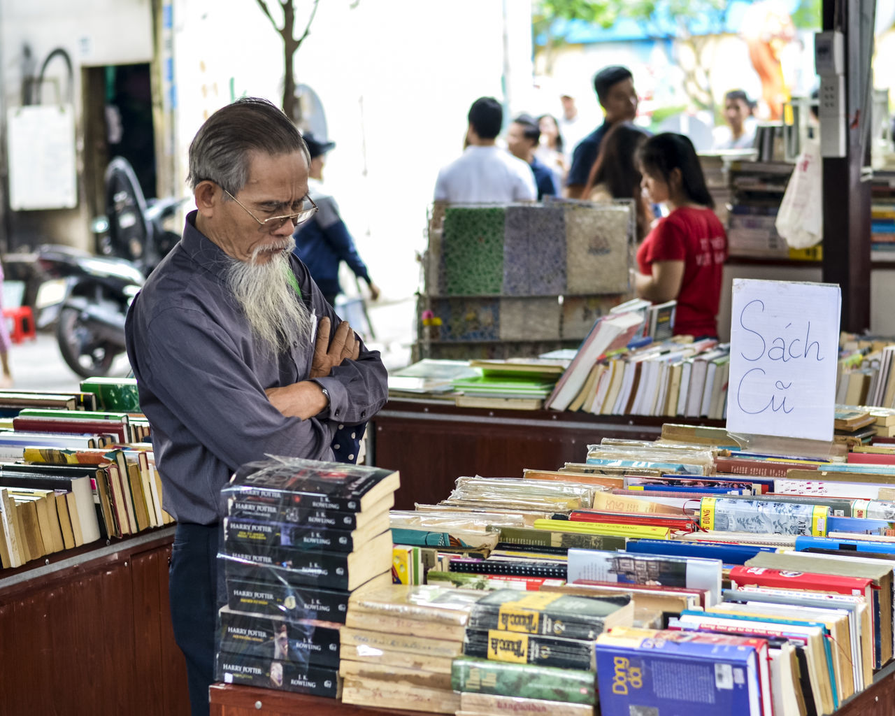 Book for everyone Adult Adults Only Book Store Customer  Day Life Market Mature Adult Nguyen Van Binh Book Street Only Men Outdoors People Real People Small Business Streetphotography
