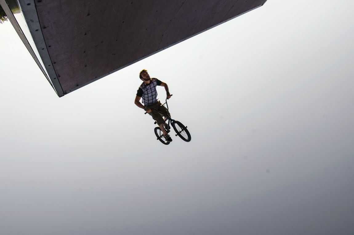 Bicycle Cycling Sport Skill  Extreme Sports Full Length Athlete RISK Competition Silhouette Adult People Day One Person Young Adult Stunt Adults Only Outdoors Sportsman Stunt Person Street EyeEm Urban Photography Street Photography Photography