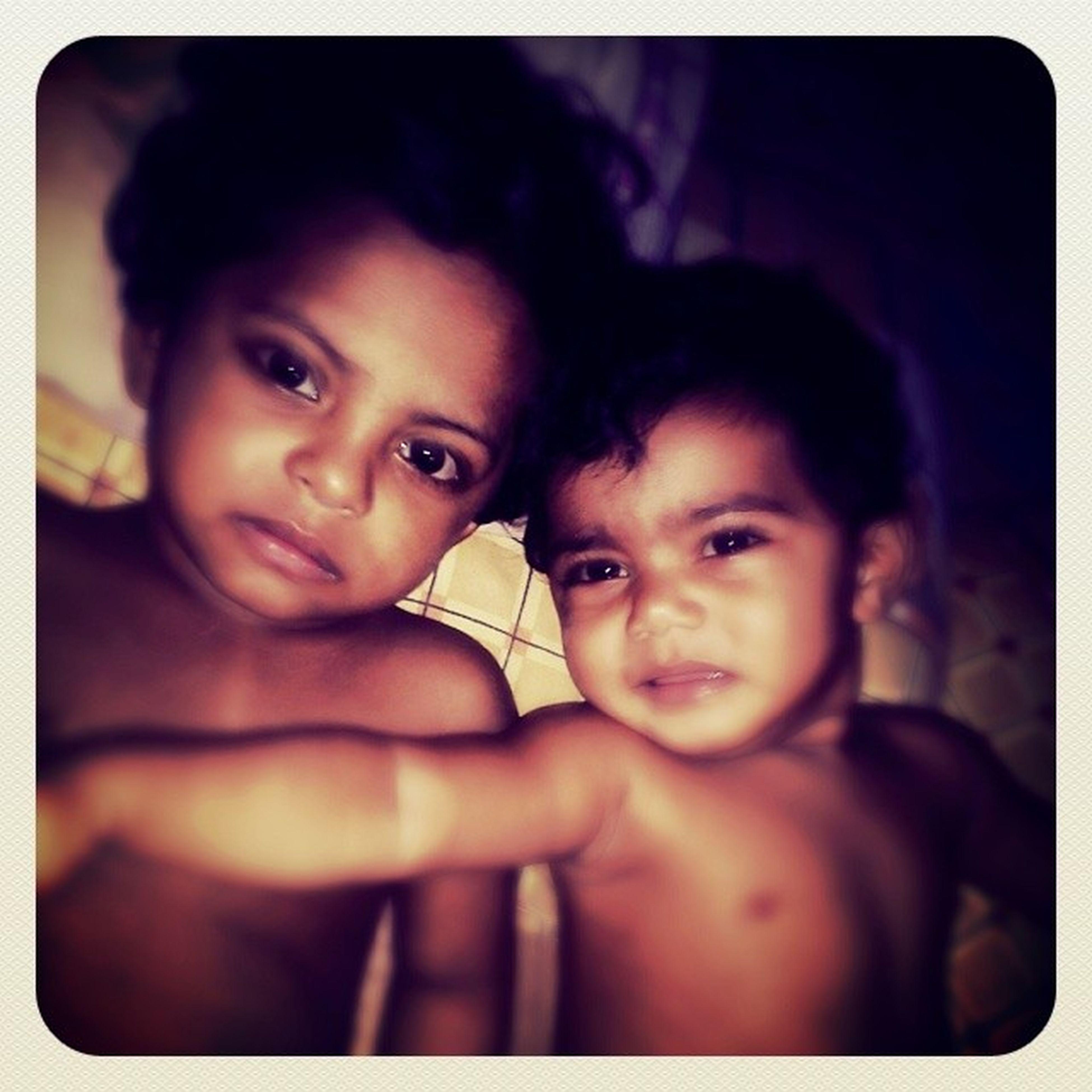 My chill buddy(zavl) and my janburoal(Kayaan) hama heyli gothah.. :p Babies KayaanGeCryFace ZavlHamaJehifa Love Brothers For Eternity