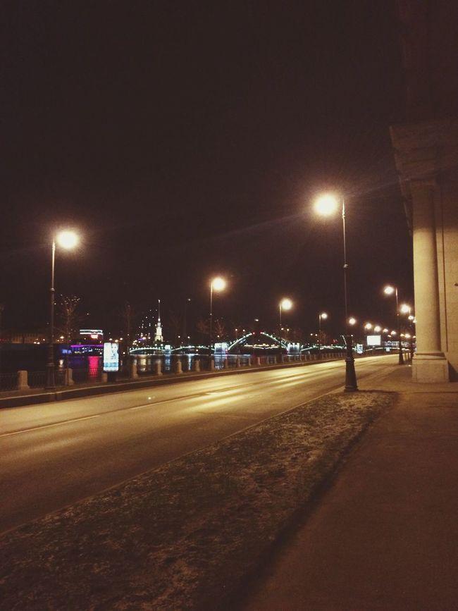 Еле успела!!! Run Faster Night Sankt-petersburg Bridge Чуть не осталась в центре,потом на петроградке..и за 15 минут до Васьки...уххх