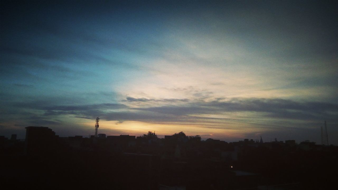 Morning Morning Light Morning Sky Orenge Sky Orenge Colors Clouds And Sky Cloud - Sky Clouds EyeEm Best Shots Goodmorning ♥ Followme Photography MyPhotography Myviewrightnow Nature Naturelovers Follow4follow MyLove❤ Photographer Photooftheday
