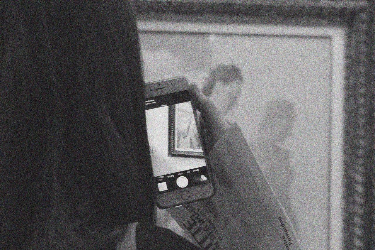 Art Artistic ArtWork Back Beaubourg Blackandwhite Bw BW Collection City Citylife Exhibition Exposition Eye EyeEm Best Shots Eyem Gallery Eyes Fujifilm Magritte Paris Paris, France  People Photography Smartphone Urban Viewfrommyeyes