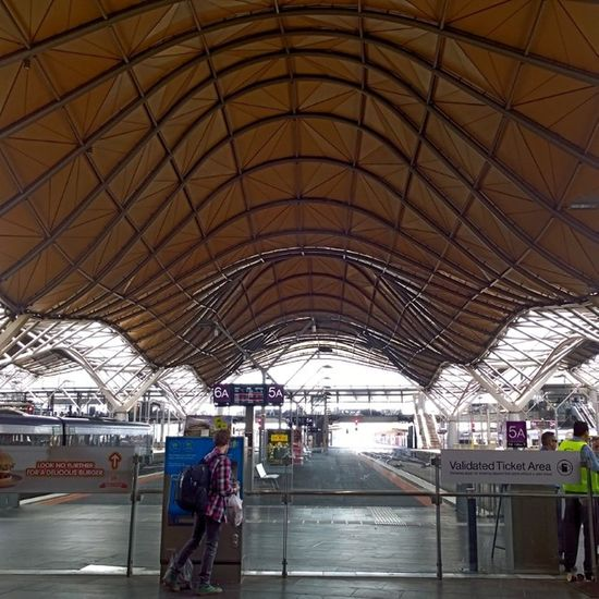 Comparison Wpphoto Lumia1020 Southerncrossstation Winphan