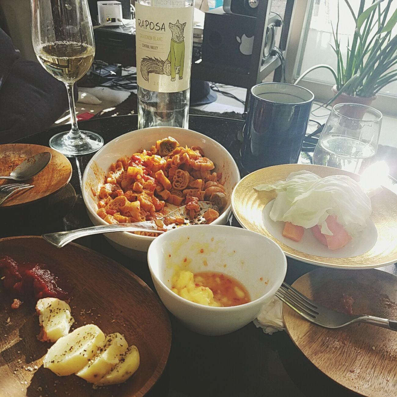 Food Casi Comer Almuerzo Comidas Indoors  Lunch Luxurious Holiday 非日常 Sunday Evening 夢?...昼下がり。人生で初めて男性が作ってくれたlunch。こんなにもゆっくりと落ち着いた時間を過ごしたことない。そう思っているのは私だけかもしれないけど...とても大切な時間。夢であろうと現実であろうと。少し前の記憶。