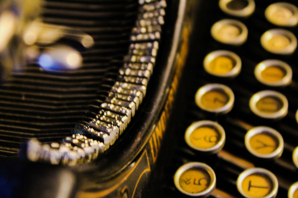 antique typewriter,underwood,typing,keys,letters,EyeEmNewHere,NewonEyeEm, restored, Antique Close-up Old-fashioned Indoors  Technology Qwerty Keyboard Antiquities antique collection