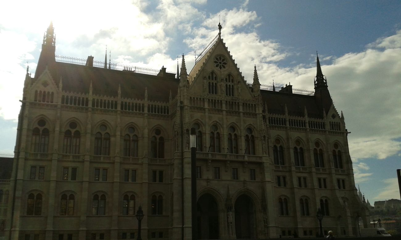 Budapest parlament Parlament Budapest Budapeste Hungary Hungria Gold