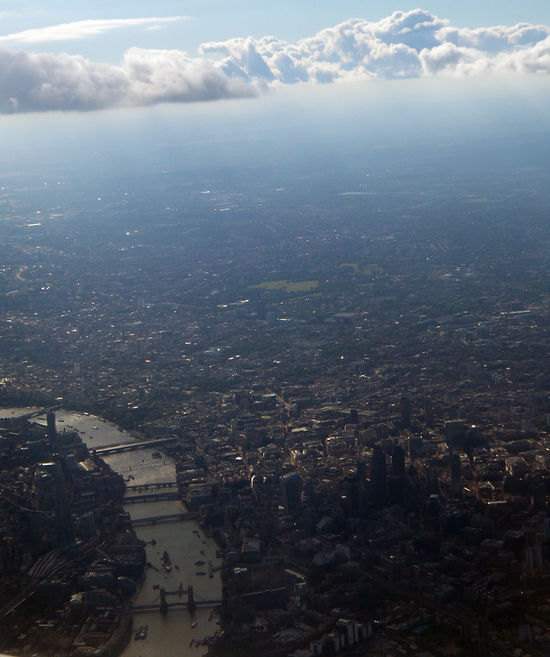 London summer 2016 Adapted To The City Aerial View Aeroplane View Alhaalla Apartments Buildings Built Structure City Cityscape Clouds Day Down Below Houses Ilmakuva Kaupunki Outdoors Pilvet Rakennukset River Roads Sky Streets Sunny Thames Up In The Air