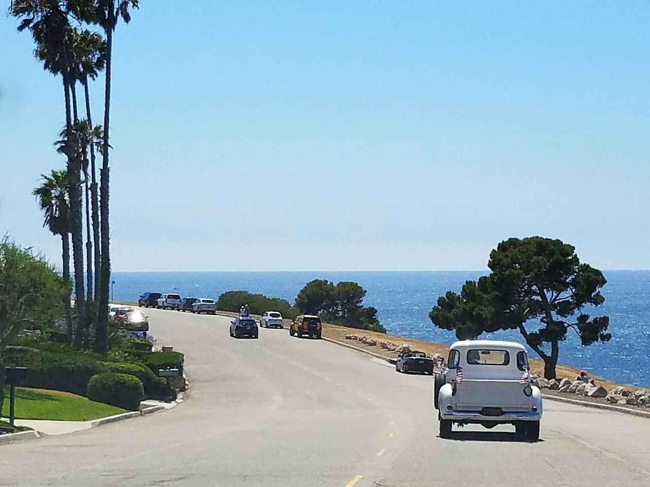 Vehicle Car Classic Car Patriotism Patriotic Weekend Activities Liesure Lifestyles Nature Road With A View Ocean View Sothern California Vacation PhonePhotography Samsungphotography Daytime California Dreaming Empty Road Holiday Tranquil Scene Transportation Mode Of Transport City Life Blue Summer