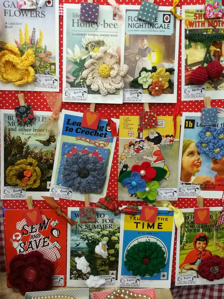 Craft Stall Brooches Crochetlover Crochet Colourful Flowers Red Spotted Paper Postcards
