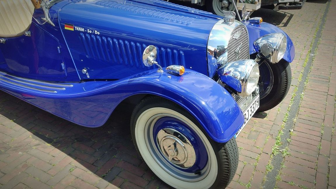 Car Transportation Mode Of Transport Blue Tire Outdoors Close-up Day Chrome Youngtimer Oldtimertreffen Auto Oldtimer Old-fashioned Eyeem Market Retro Styled Vintage Car Lifestyles Collector's Car EyeEm Gallery
