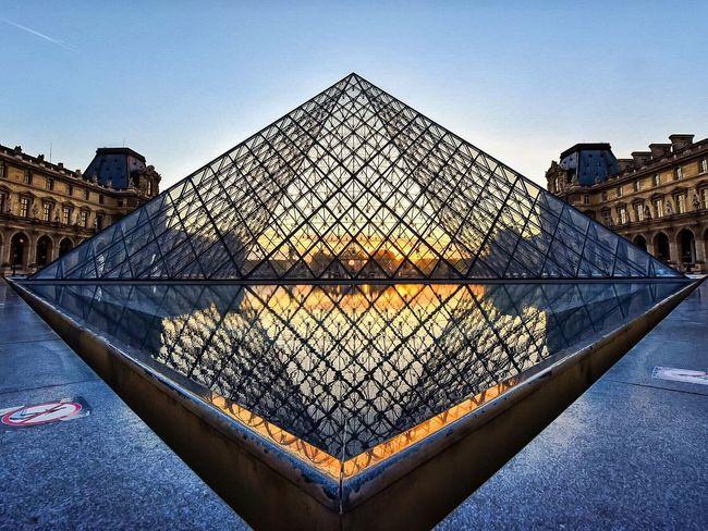 Goodnight Paris! Bonne nuit Paris! Paris ❤ Sunset_collection EyeEm Best Shots Sunset Photooftheday Paris Eyem Best Shot - Architecture Architecture Parisweloveyou Louvre
