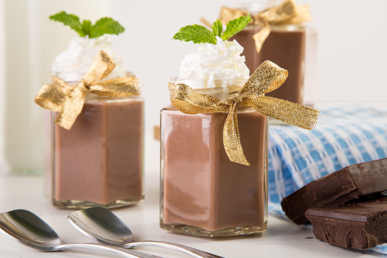 Beautiful stock photos of schokolade, Chocolate, Chocolate Mousse, Cream, Dessert