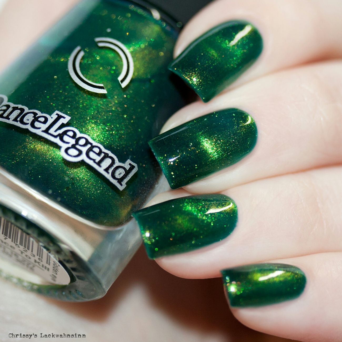 Licence To Kill von Dancelegend 💚 Magneticnailpolish 😉