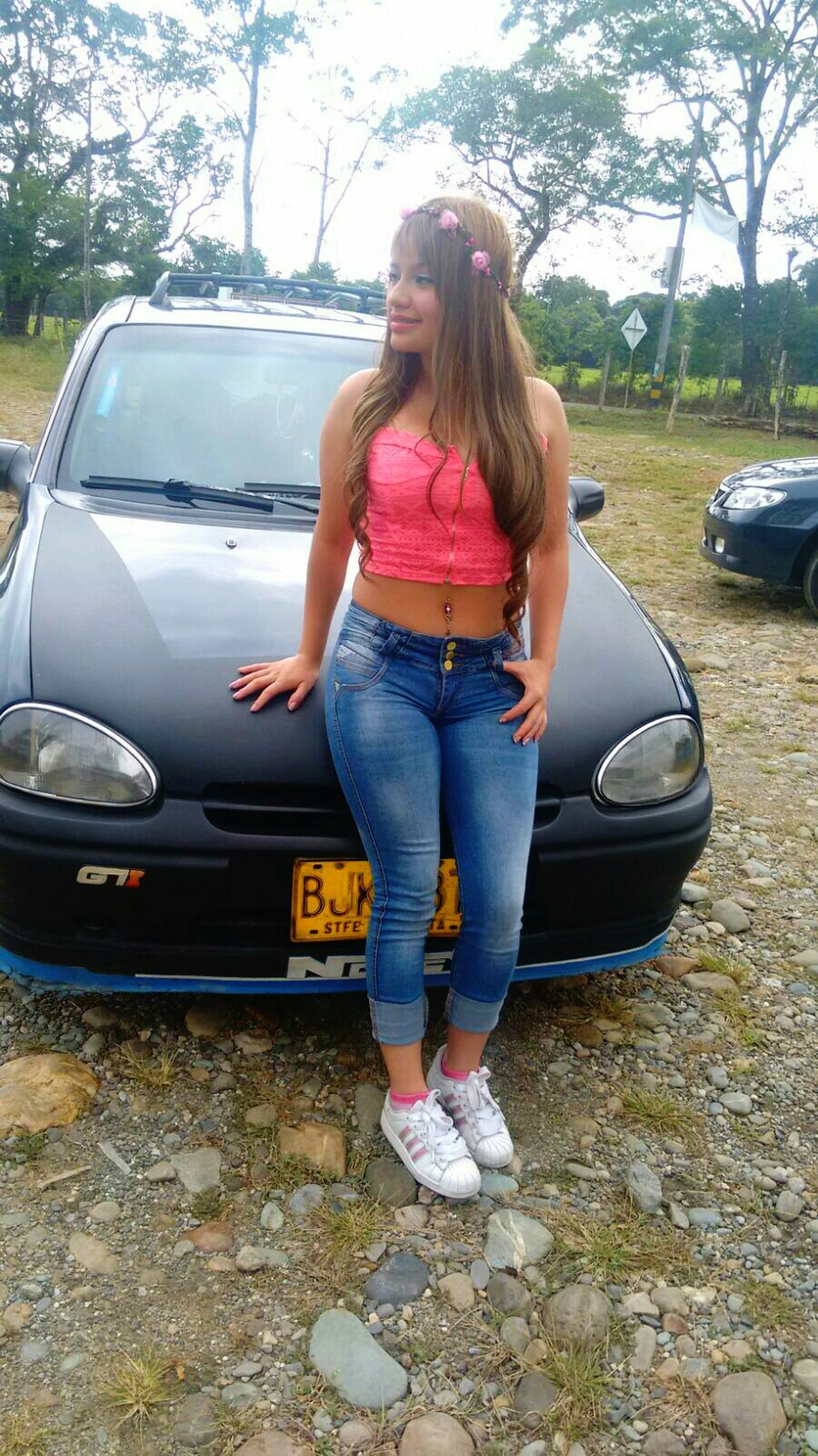 Carro Relaxing Latinalove Beautiful Girl Besitosparatodos LaPrincesita Qeen 👑 Sexylips Cabello 💕🙈👌 Sol Besito💋 Lips #love #smile #pink #cute #pretty