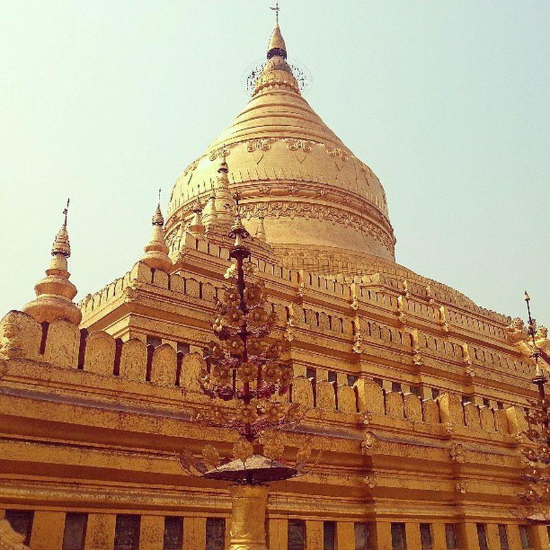 The magnificent golden dome of the Shwezigon paya Bagan Myanmar